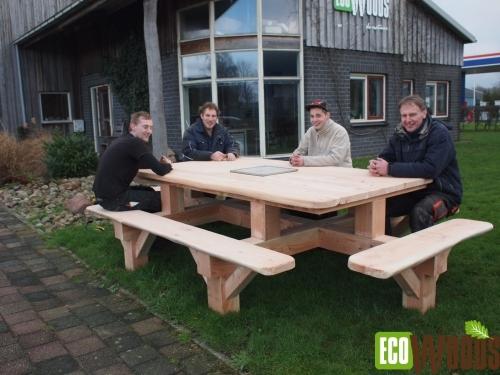 Picknickbank De Veluwe met BBQ 4